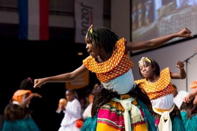 HEIJBLOM FOTOGRAFIE-Evenementenfotografie-optreden-van-kinderkoor-uit-Oeganda
