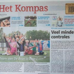HEIJBLOM FOTOGRAFIE-publicaties-Het-Kompas-voetbalteam-schoolvoetbal