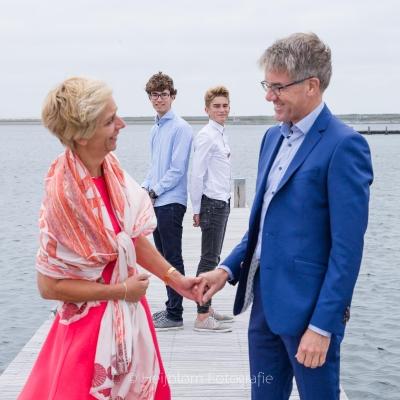 HEIJBLOM FOTOGRAFIE-Familiefotografie-Grevelingenmeer-gezin-op-steiger