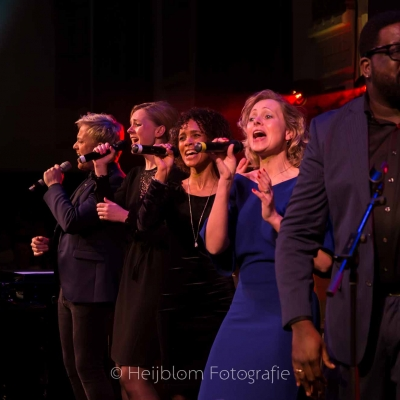 HEIJBLOM-FOTOGRAFIE-evenementenfotografie-concert-passie-van-pasen-'s-Gravendeel-zingen-Remco-Harms