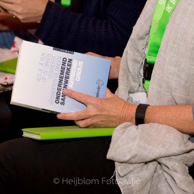 HEIJBLOM FOTOGRAFIE-cadeau-boek-Raymond-Gruijs-Ondernemend-samenwerken-baanzinnig