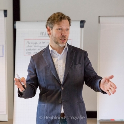 HEIJBLOM FOTOGRAFIE-Evenementenfotografie-fit-for-work-lezing-Ben-Tiggelaar-de-Ladder